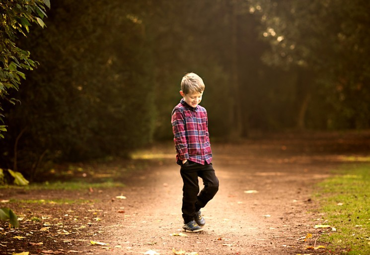 Детская фотосессия на природе - осень