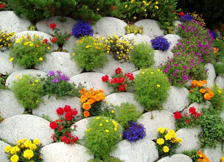 Интересная идея для создания цветника