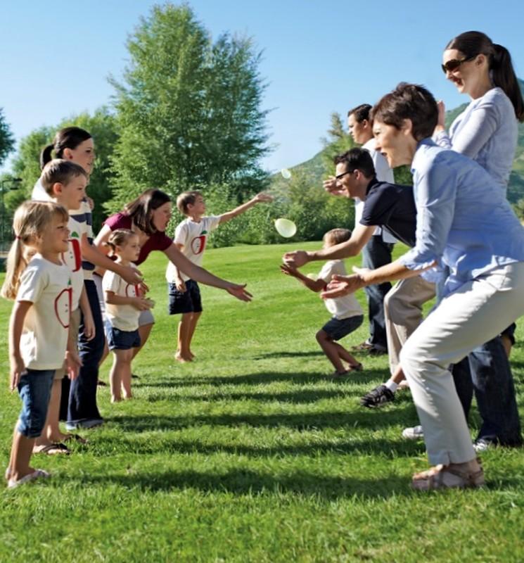 Игра для детей с шариками