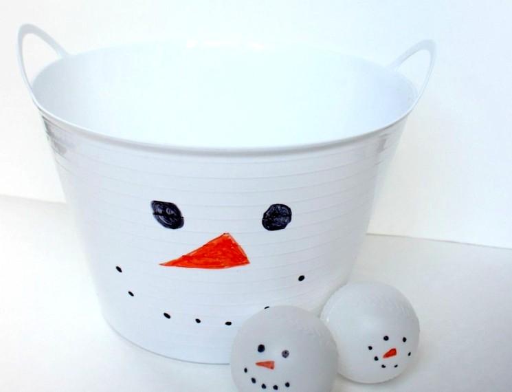 Собираем все снежки - новогодняя игра