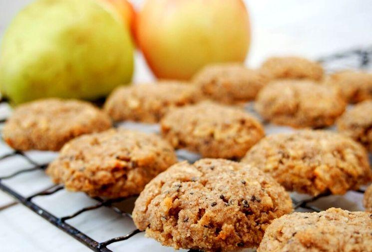 Готовим овсяное печенье с яблоками