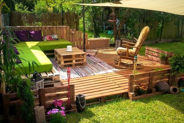 Используем деревянные поддоны на участке
