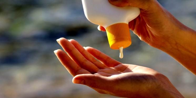 Как использовать крем от загара?