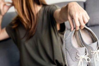 Как избавиться от неприятного запаха обуви - способы и отзывы