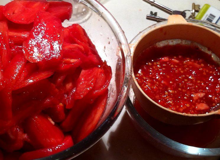 Как подготовить домашние семена томатов