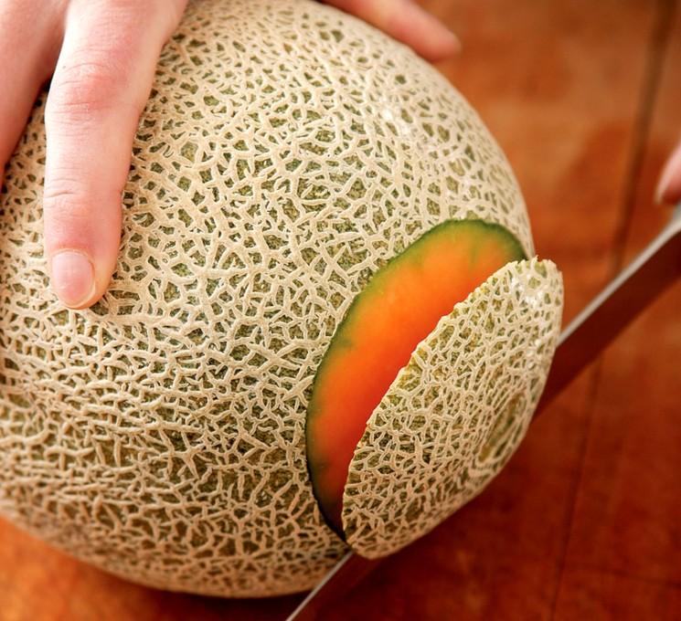 Какая кожура у спелой дыни