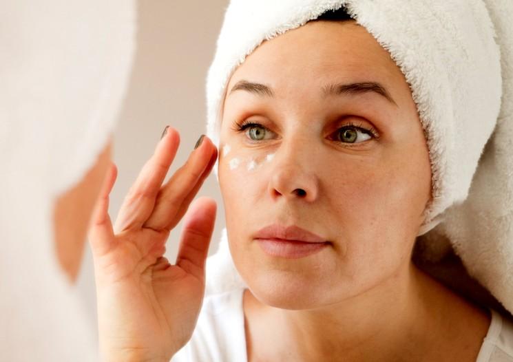 Правильный макияж - маскировка тёмных кругов под глазами