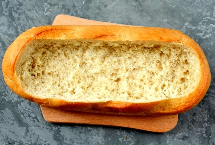 Мясной пирог с фаршем в батоне - шаг 1