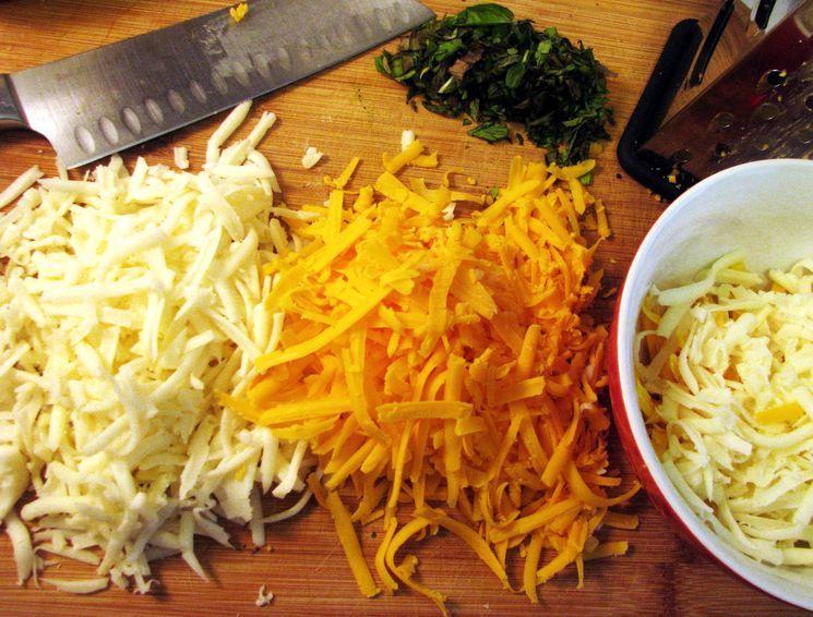 Начинка для лаваша с сыром, чесноком и морковью