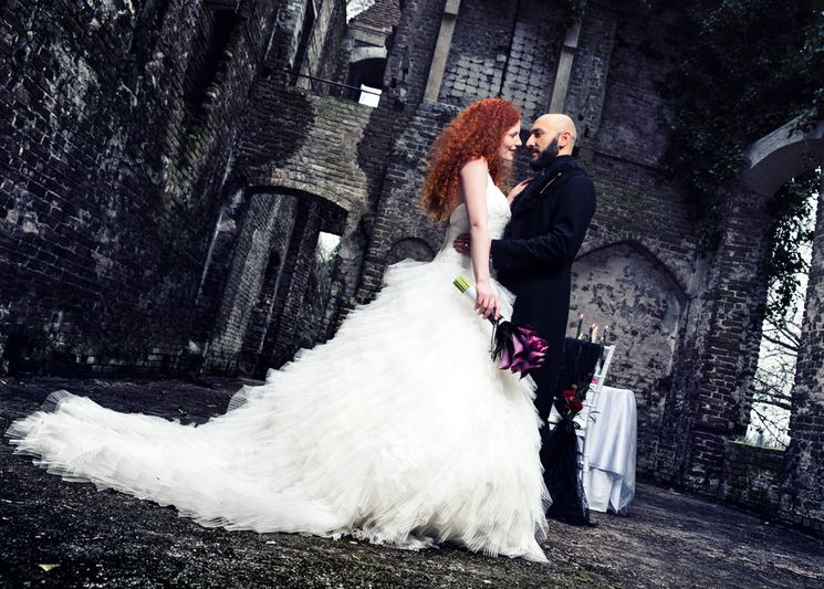 Где отмечать готическую свадьбу