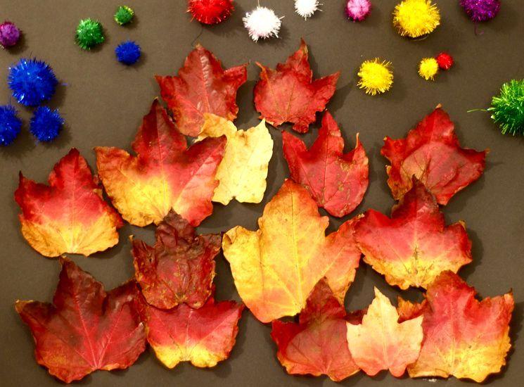 Украшаем осенние листья в школу