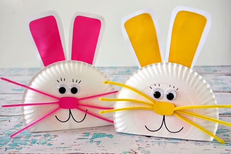 Делаем зайцев из цветной бумаги