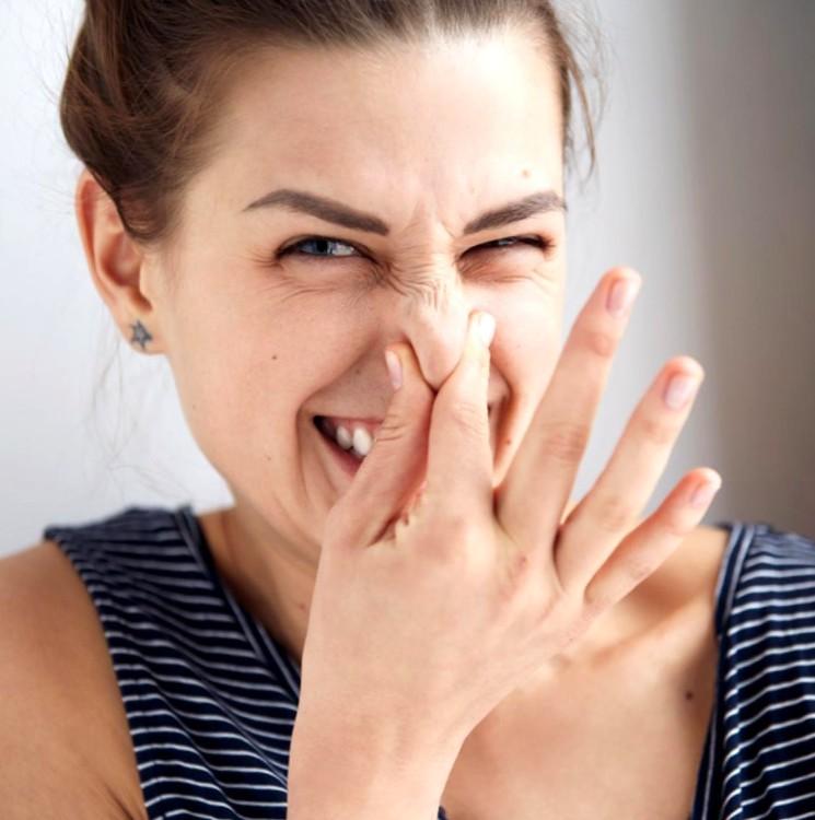 Как избавиться от неприятного запаха пота
