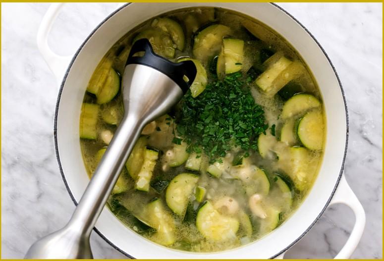 Рецепт супа-пюре из кабачков шаг 3