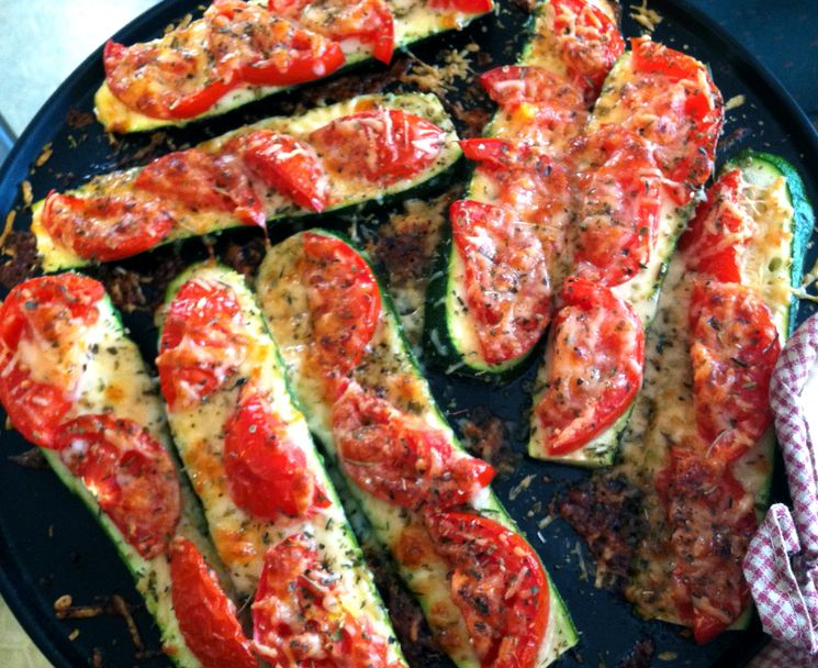 Рецепт кабачков с помидорами и сыром