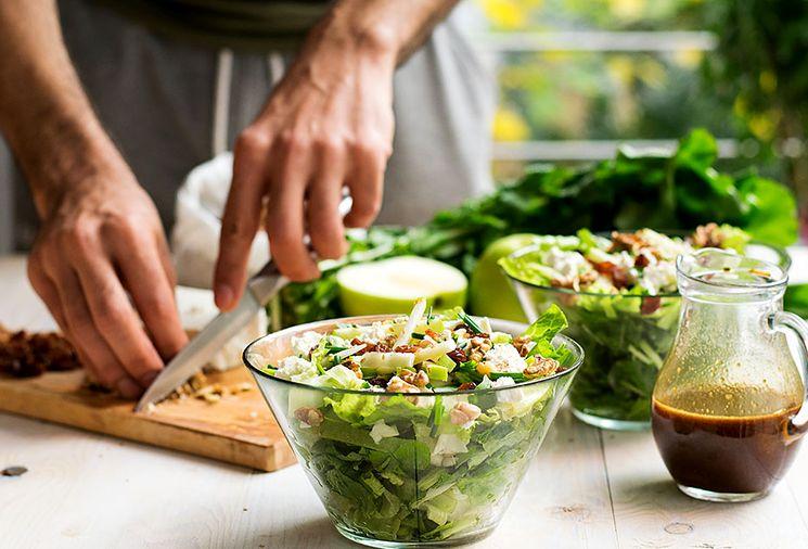 Рецепт крабового салата с зелеными яблоками