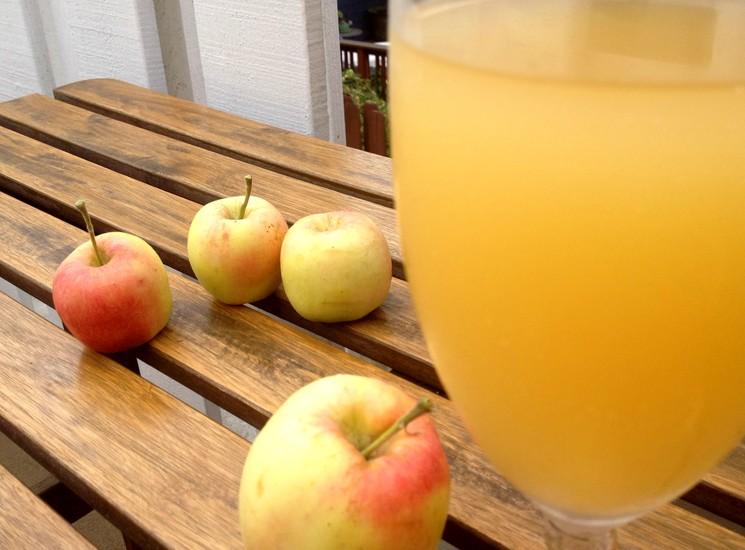 Как приготовить яблочный квас