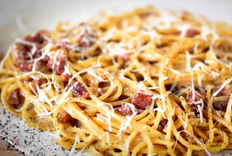 Рецепт пасты карбонара от Джейми Оливера