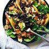 Теплый салат из куриной печени с грушей и фета