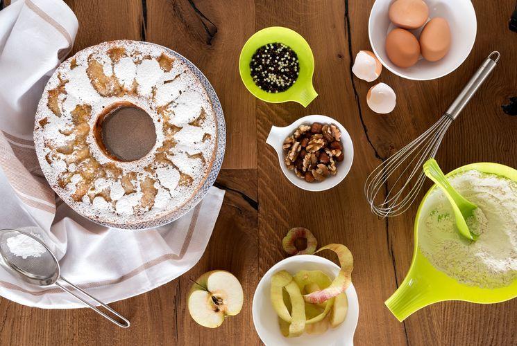 Рецепт шарлотки с яблоками по-шведски