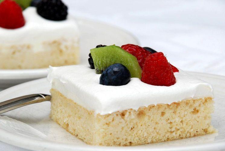 "Торт ""Три молока"" - рецепт испанского десерта"