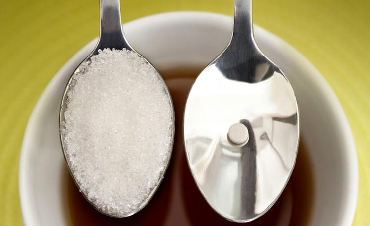 Можно ли заменить сахар сахарозаменителем?
