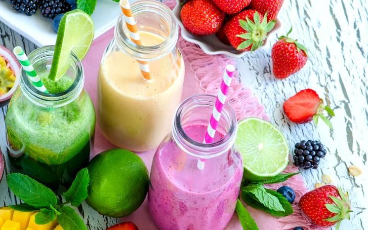 Полезны ли свежевыжатые соки?