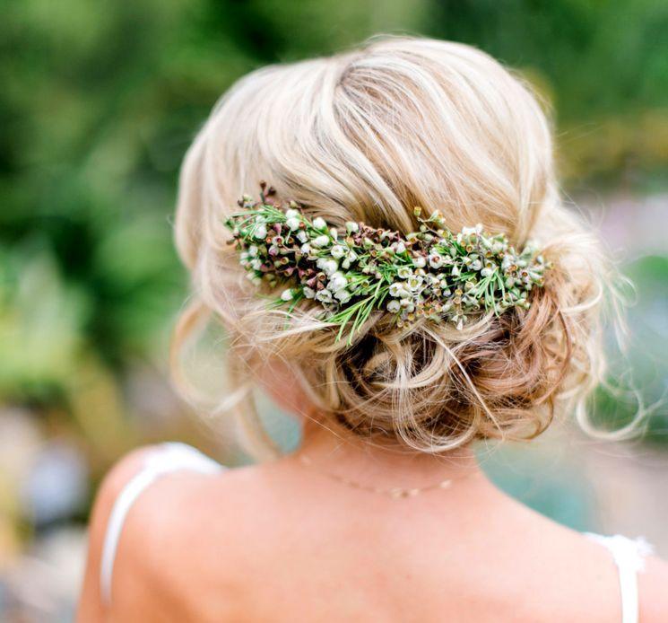 Украшение свадебной прически живыми цветами