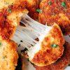 Вкусные котлеты из пюре с ветчиной и сыром - рецепт