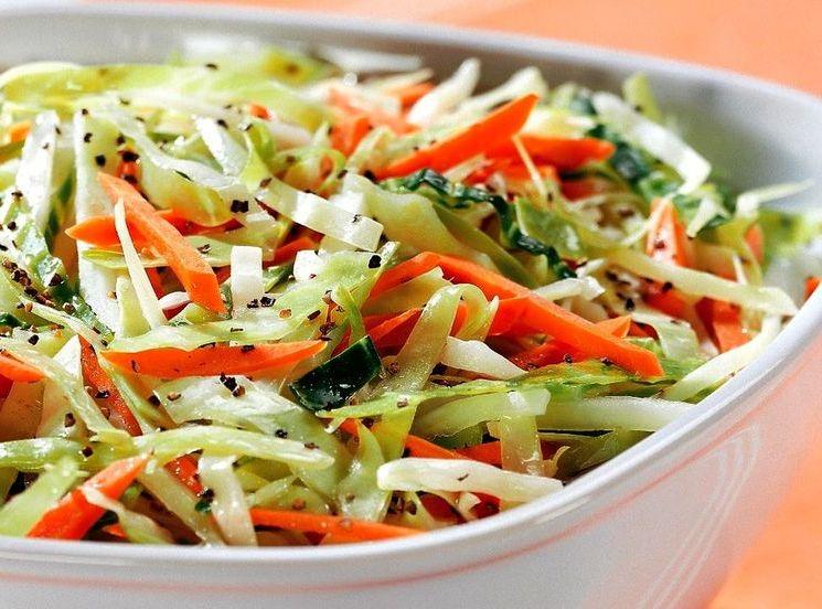 Рецепт приготовления закусочного салата из капусты